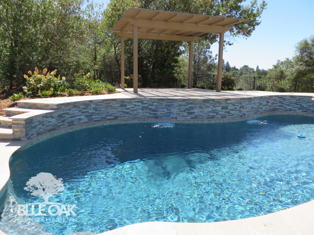 blue-oak-landscaping-custom-patio-cover-pool-wall