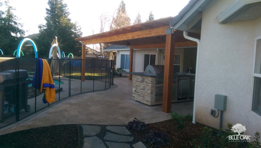 blue-oak-landscaping-patio-cover-chico-landscapes